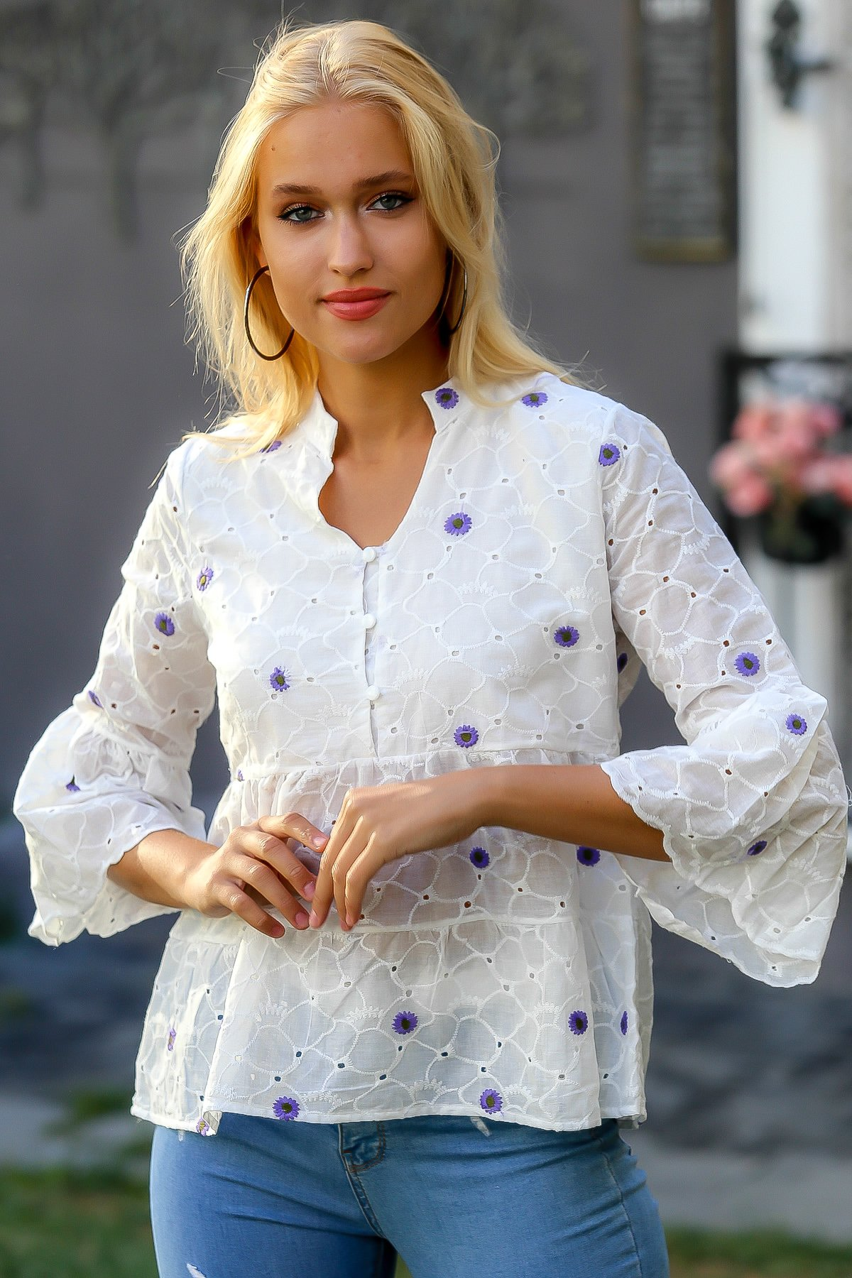 Women's White-Purple Retro Steep Collar Button Embroidered Arm and Skirt End Sliced